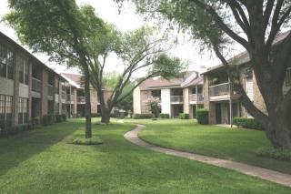 Courtyard In Garland Tx View Photos Floorplans Amp Pricing