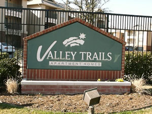 valley trails i r apartments at 8903 e valley ranch pkwy